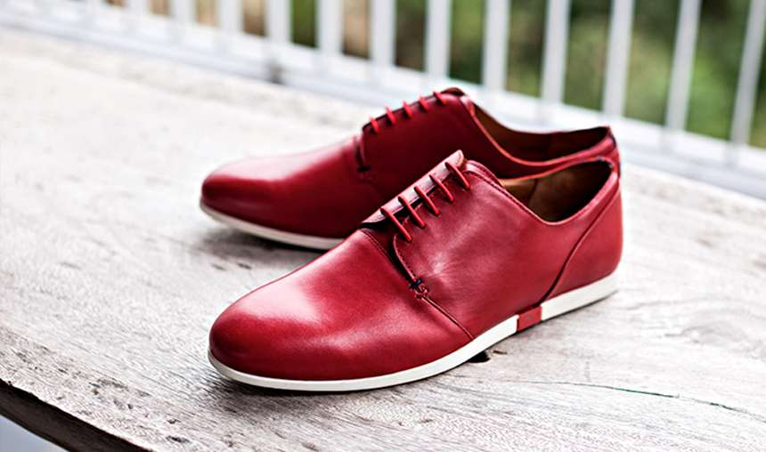 Marsala colour footwear