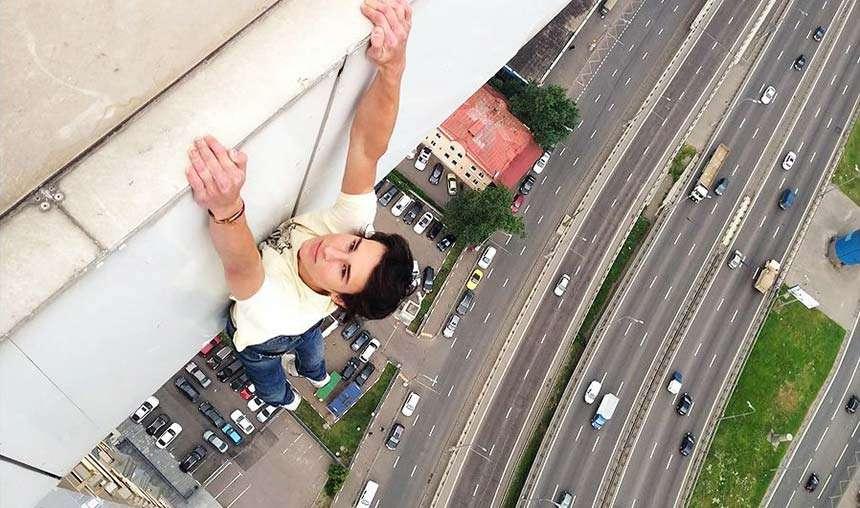 Hangin' tight!