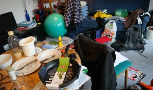 10 Probable Advantages Of Being A Messy Person