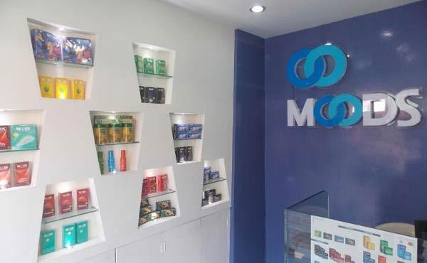 condom-showroom
