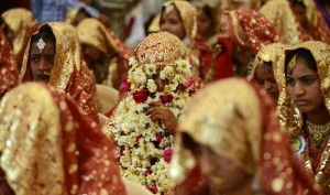 This Businessman In Surat Plans To Host Grand Wedding For 100 Poor Girls