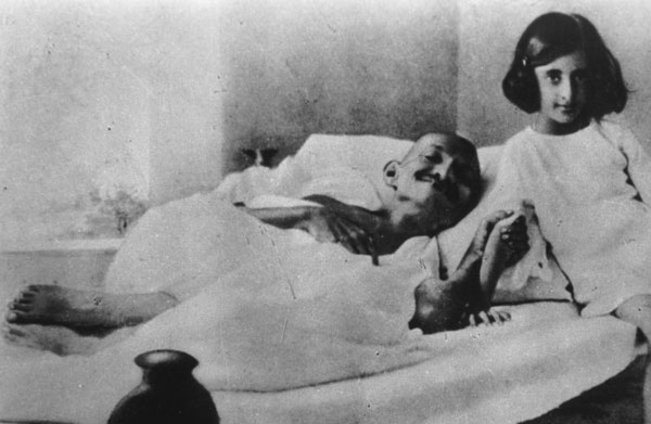 Gandhi01