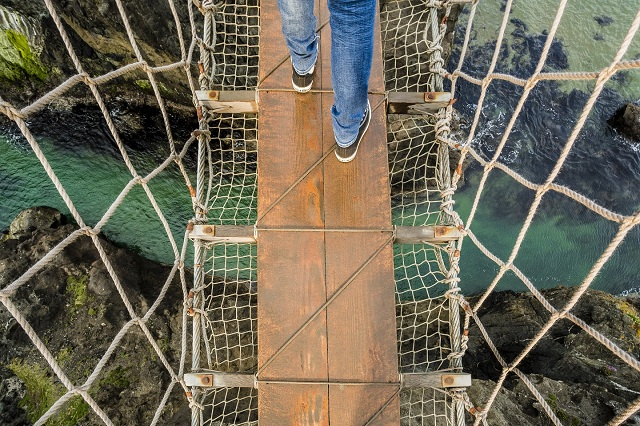 rope-bridge-ireland