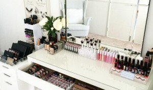 How A Makeup Vanity Completes A Room