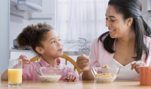 Why Busy Moms Burn More Fat When Eating Breakfast