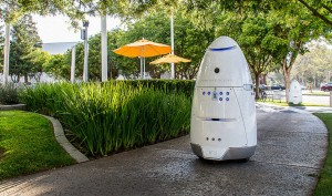 4 Reasons Why Robots Won't Be Replacing Human Security Guards Anytime Soon