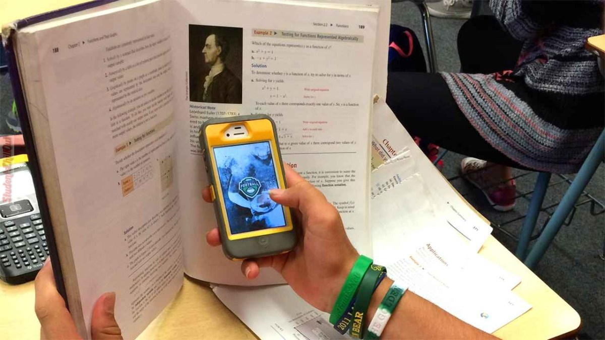 Persuasive essays on cell phone use in schools