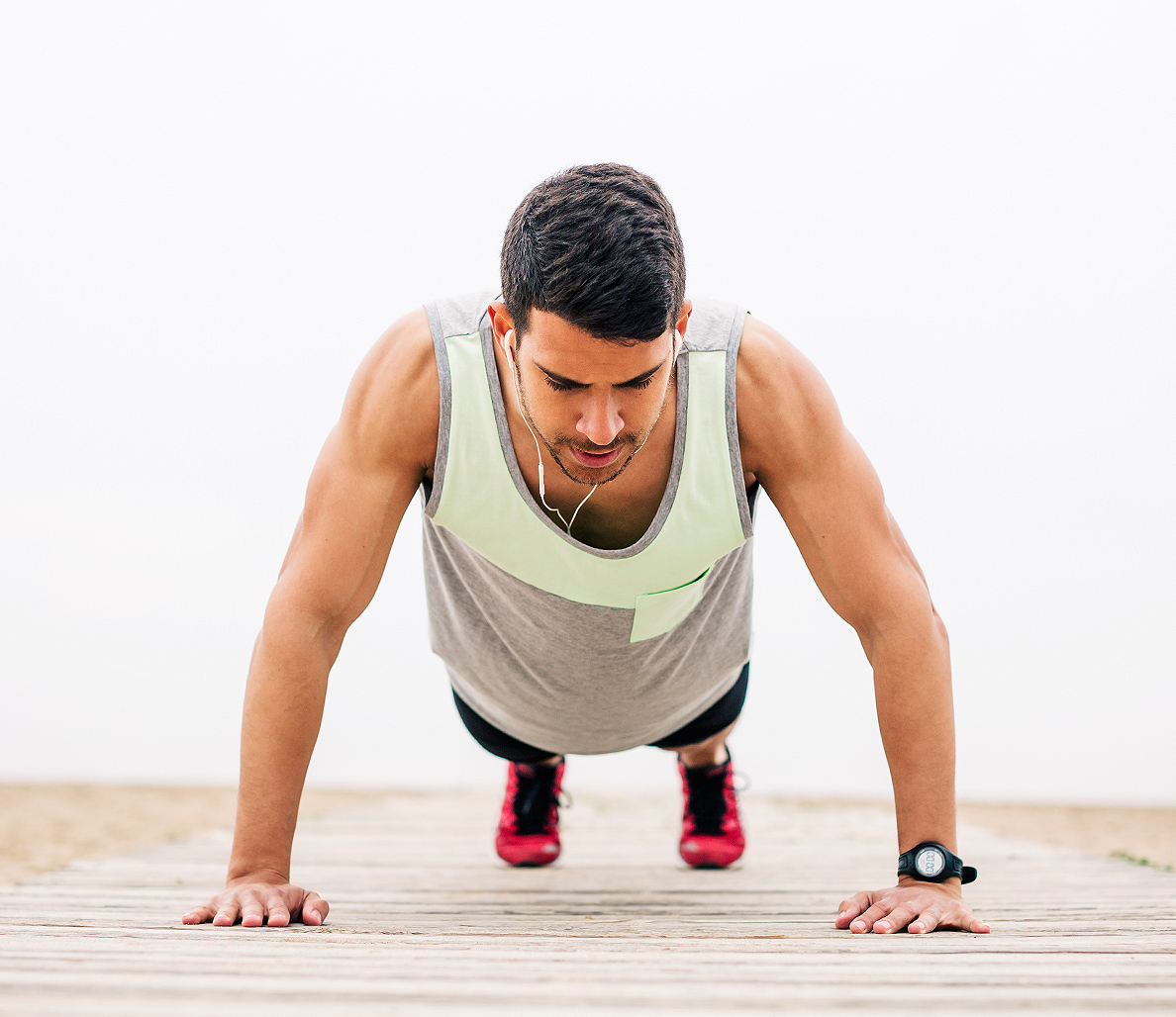 Chest Workouts - How Many Pushups Should I Do a Day? | SoPosted.com