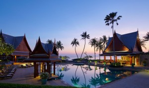Winter Honeymoon Destinations and Resorts: Romantic Honeymoon