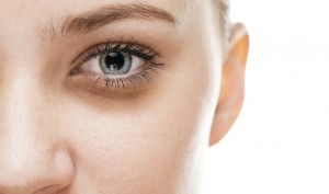 Beauty – Causes Of Under Eye Dark Circles And How Antiaging Eye Cream Can Help
