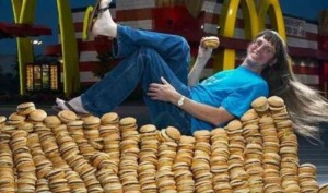 Man breaks Guinness World Records by eating 30,000 Big Macs from McDonald's